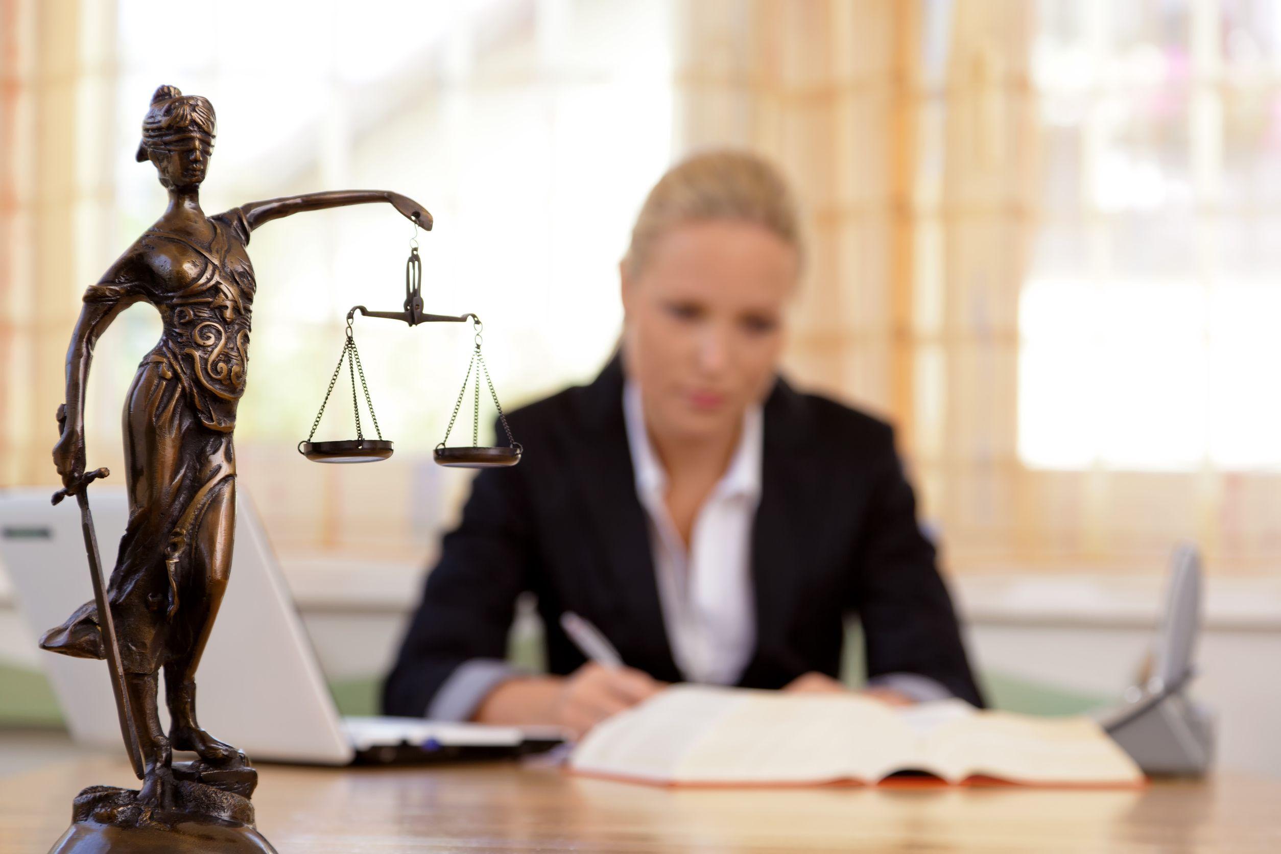 odvetnik-3